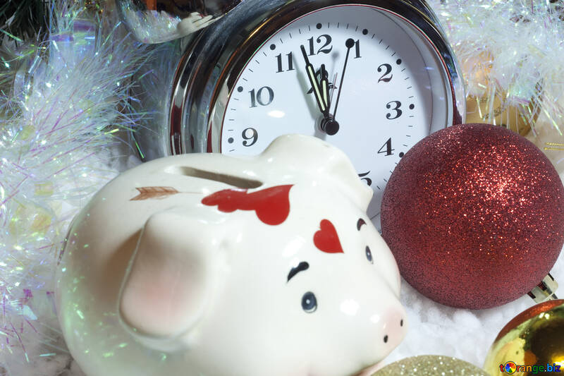 Economical  offer  at  New  year  and  Xmas. №6399