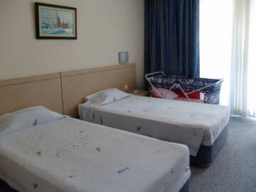 B  Amenities  Hotel  cot  to  small  of the child. №7923