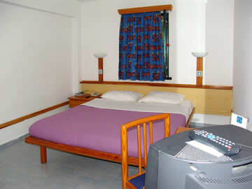 Double  bed. №7979