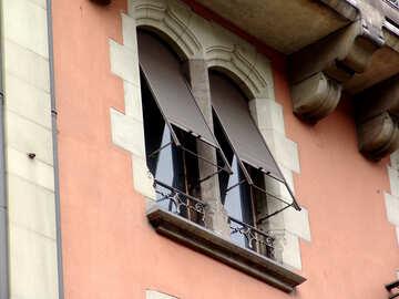 Italian  box   shutters. №7534