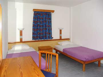 Schlafzimmer Hotel. №7986