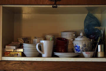 Shelf  at  the kitchen. №7600