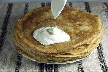 Pancakes and sour cream. №7755