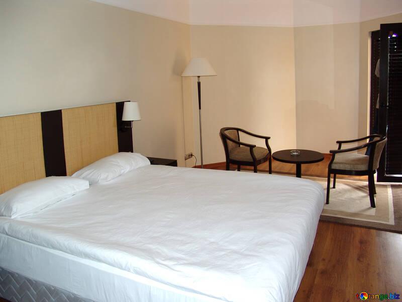 Fußboden Schlafzimmer ~ Stühle fußboden lampe schlafzimmer möbel №