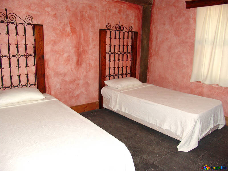 Antique  bed. №7911