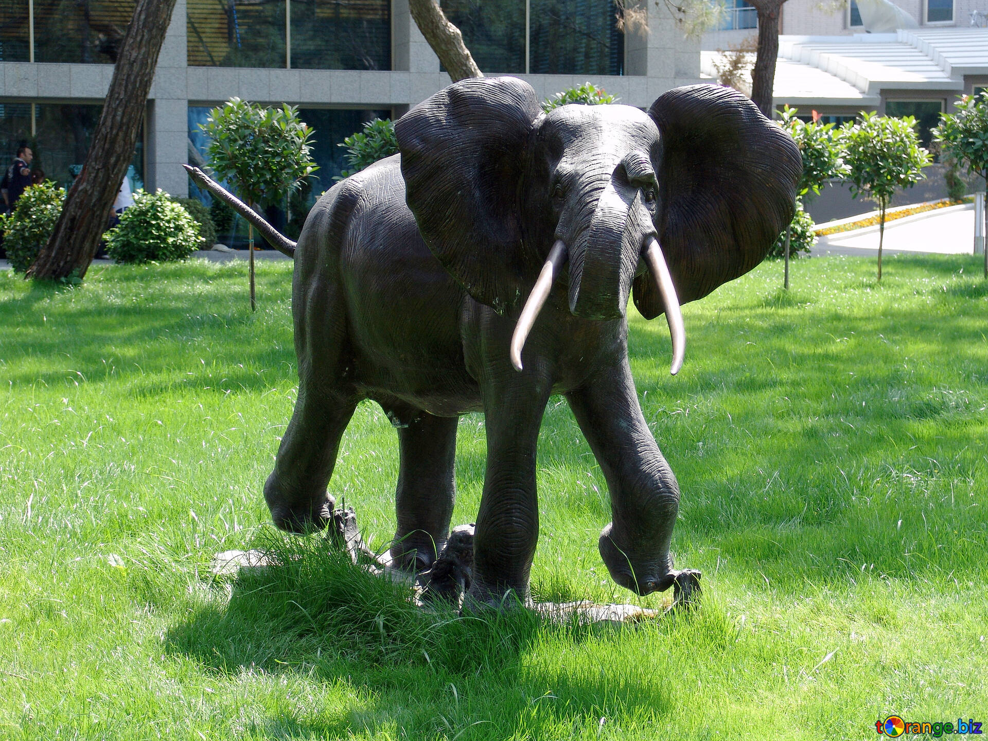 Download Free Image Elephant . Garden Sculpture. In HD Wallpaper Size 1920px