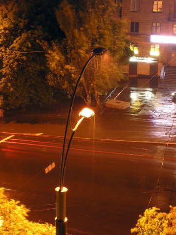 Notte pioggia città. №8072