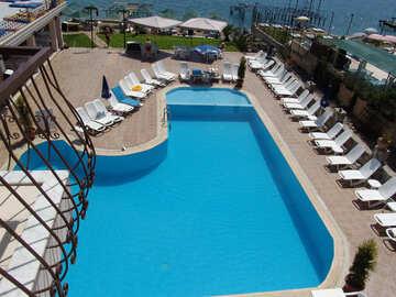 Water  in swimming pool №8341