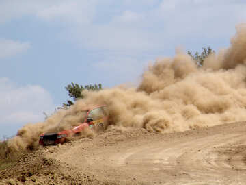 Racing  car  is  track . Dust. №8095