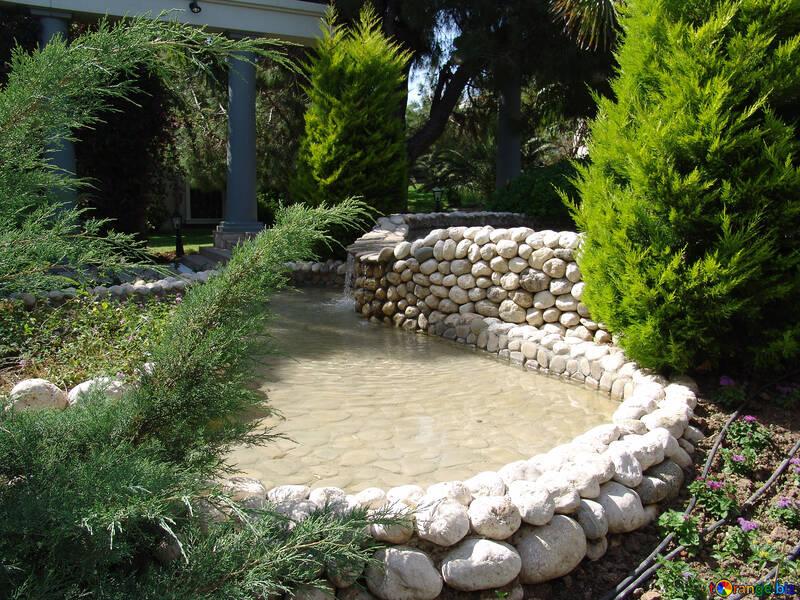Fountain   garden №8359