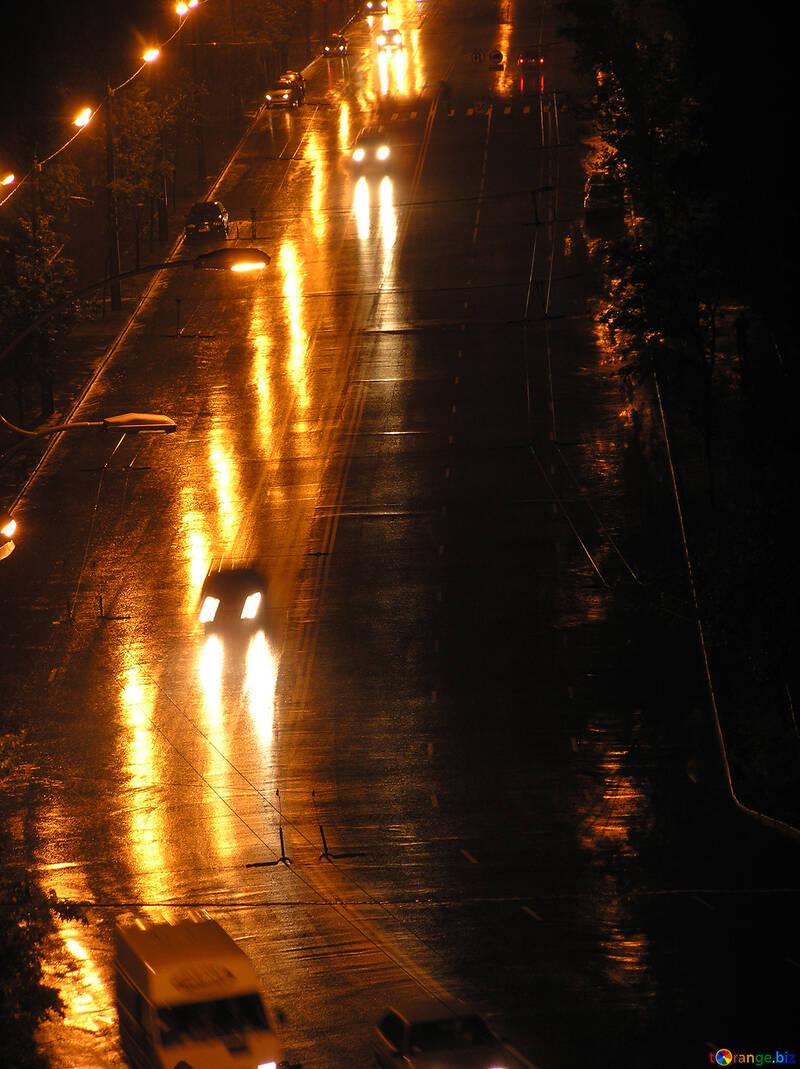 Singles  car  at  nightlife  road №8075