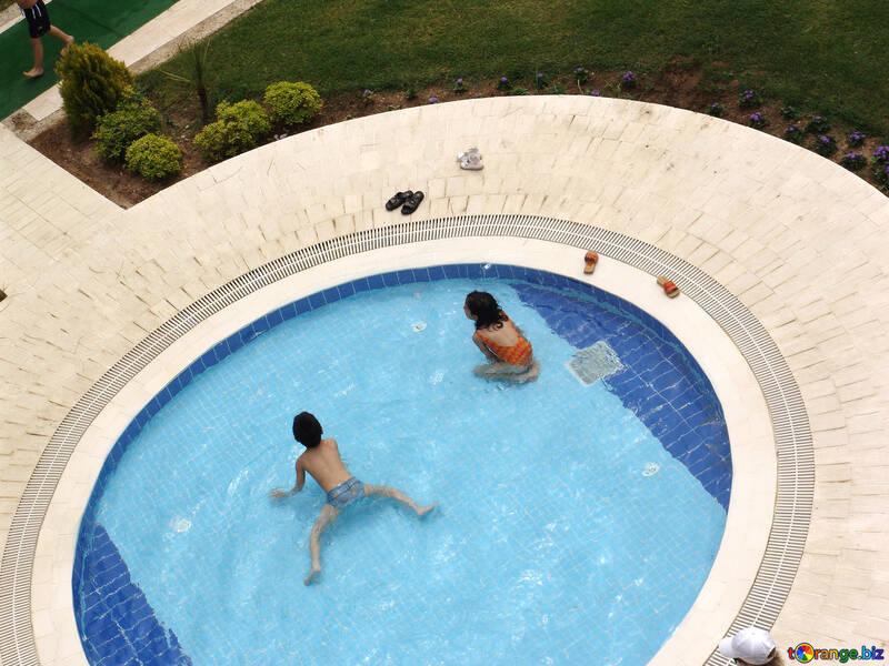 Kids swimming water pool   №8365