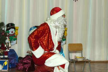 Santa Claus  sitting №9834