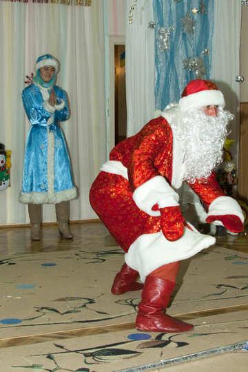 Дед мороз рассказывает сказку №9843