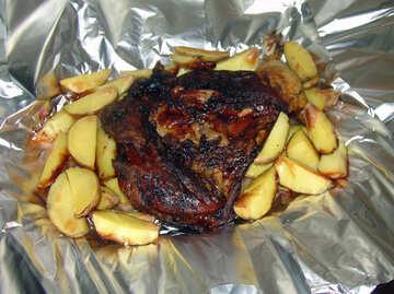 Kartoffeln  gebacken  in  Folie №9172