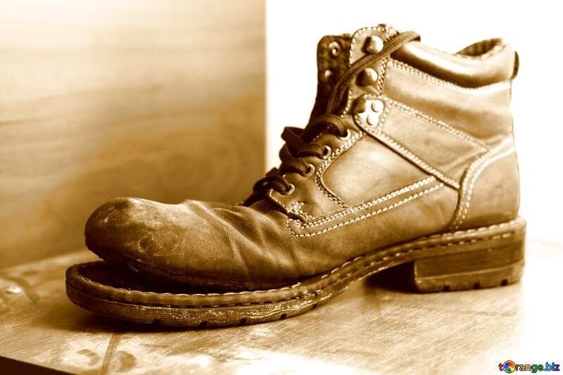 Monochrome. An old boot. №15418