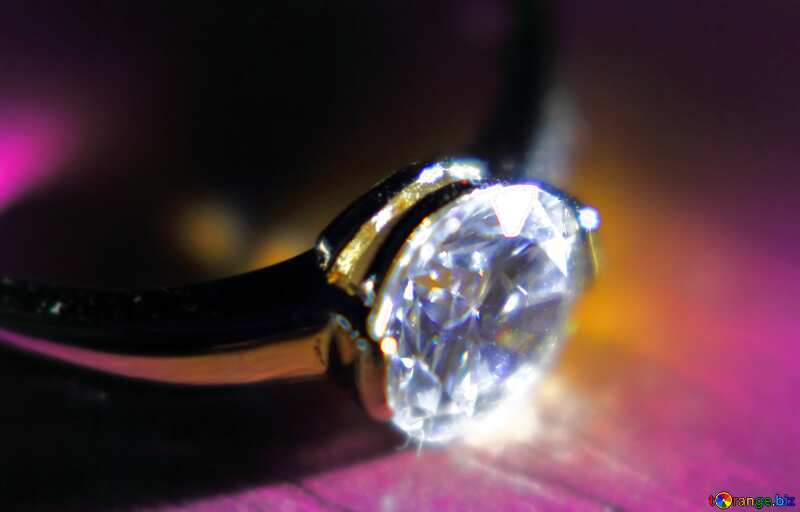 Gold ring with  diamond №18587