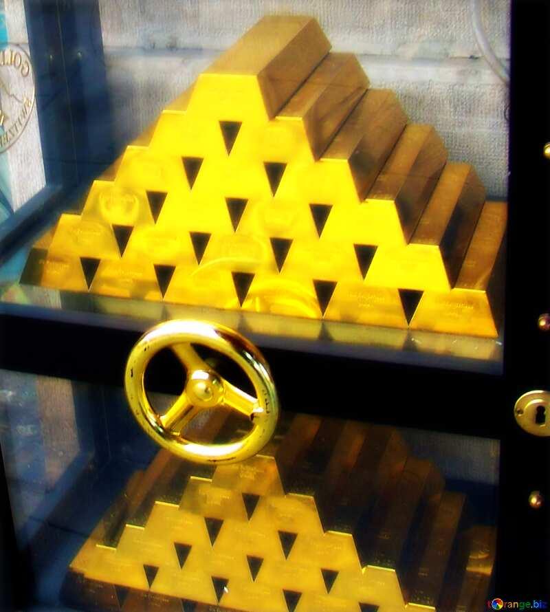 Gold in Safe №50170