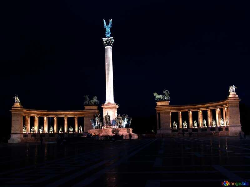 Hungary Budapest Heroes Square dark №31871