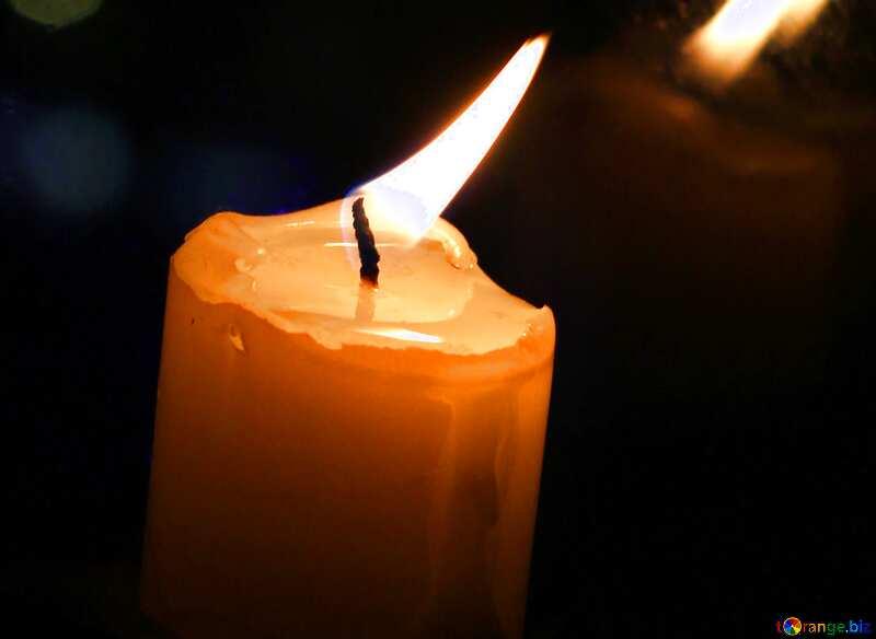 Обложка. Свеча на окне. №18138