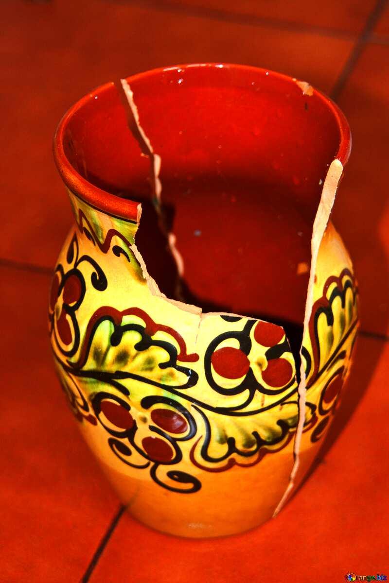 Broken like vases №6047
