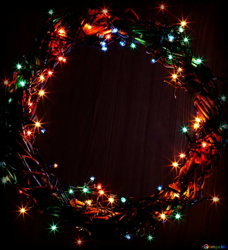 Dark background Christmas lights wreath copy space №48021