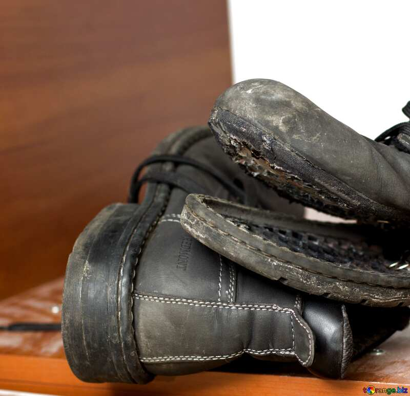 Torn shoes №15410